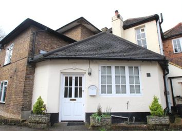 Thumbnail 2 bed maisonette to rent in Queensway, Hemel Hempstead