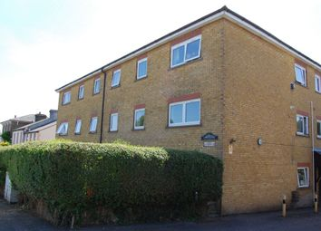Thumbnail 1 bed flat to rent in Princes Road, Buckhurst Hill