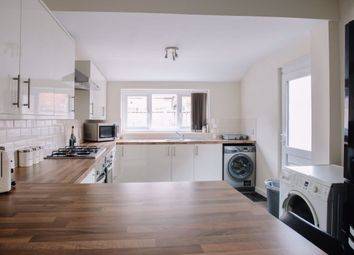 4 bed property to rent in Vermont Street, Hull HU5