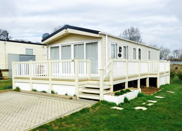 Thumbnail 2 bed mobile/park home for sale in Coghurst Hall, Ivyhouse Lane, Hastings