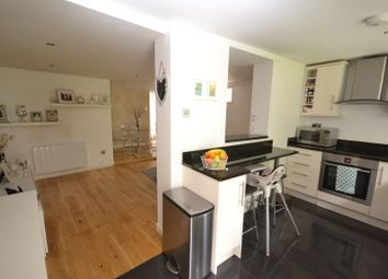 Thumbnail 3 bedroom end terrace house to rent in East End Road, East Finchley