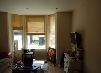 Thumbnail 1 bed flat to rent in Goldington Road, Bedford