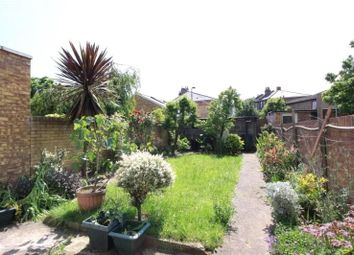 Thumbnail 1 bedroom flat to rent in Mildenhall Road, Clapton, London