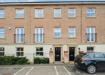 Thumbnail 4 bed town house for sale in 81 Scotsman Drive, Doncaster