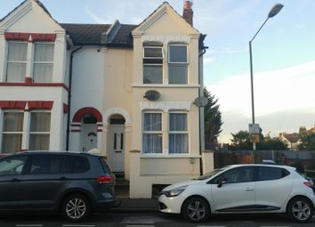 Thumbnail 1 bed terraced house to rent in Top Flat, Byron Road, Gillingham, Kent