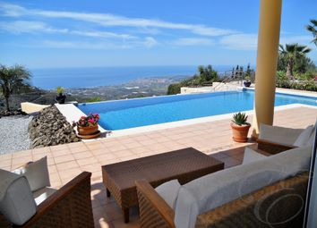 Thumbnail 4 bed villa for sale in Arenas De Velez, Axarquia, Andalusia, Spain