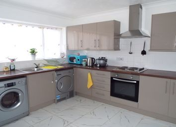 Thumbnail 3 bed property to rent in Twydall Green, Gillingham