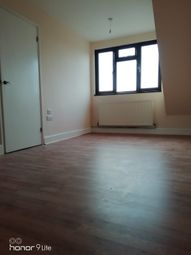 Thumbnail 5 bedroom terraced house to rent in Eccleston Crescent, Romford