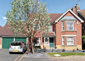 Thumbnail 4 bed detached house for sale in Snipe Close, Kennington, Ashford, Kent