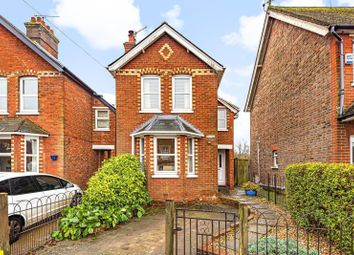 2 bed detached house for sale in New Road, Chilworth, Guildford GU4