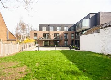 Thumbnail 2 bedroom flat for sale in Roehampton Lane, Putney, London