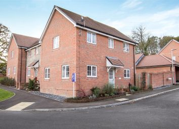 Thumbnail 3 bed property for sale in Oak Leaf Way, Horndean, Waterlooville