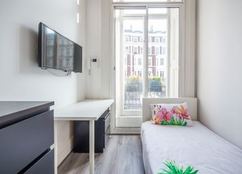 Thumbnail 1 bed flat to rent in Cromwell Road, South Kensington