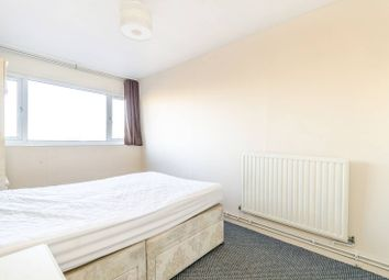 3 bed maisonette to rent in Hillbeck Close, Peckham, London SE15