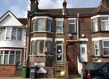 Thumbnail 3 bed town house for sale in Clarendon Road, Luton