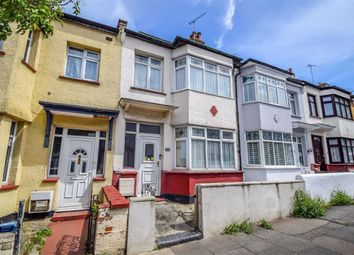Hainault Avenue, Westcliff-On-Sea, Essex SS0. 3 bed terraced house