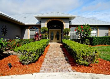 Thumbnail 4 bed detached house for sale in Lakefront, Lake Placid, Highlands County, Florida, United States