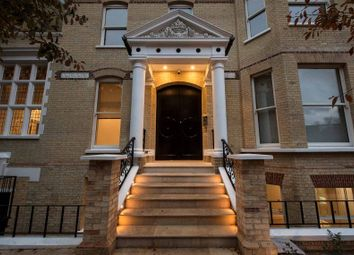 Thumbnail 4 bed flat to rent in Arkwright Road, Hampstead