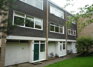 Thumbnail 4 bed town house to rent in Sunninghill Court, Upper Viallage Road, Sunninghill, Ascot