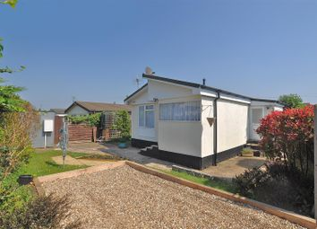 Thumbnail 2 bedroom mobile/park home for sale in Fosman Close, Hitchin