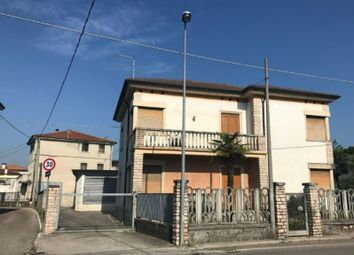 Thumbnail Industrial for sale in Dueville, Veneto, Italy