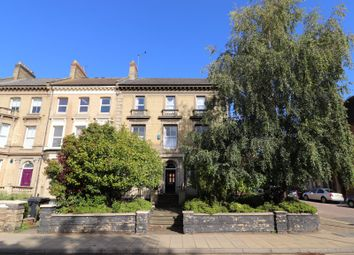 2 bed flat to rent in Victoria Road, Northampton NN1