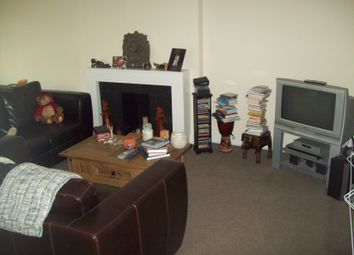 Thumbnail 2 bedroom flat to rent in Cobbetts Avenue, Redbridge