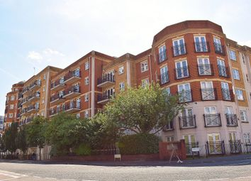 2 bed flat to rent in Parkview, 5 Handle Road, Southampton SO15