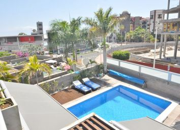 Thumbnail 4 bed villa for sale in Del Duque, Tenerife, Spain