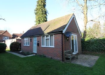 Thumbnail Studio to rent in High Street, Haslemere