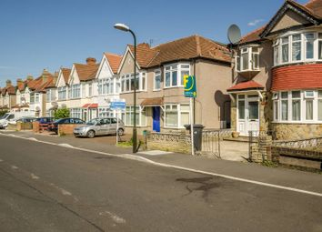 4 bed semi-detached house to rent in Graham Road, Mitcham CR4