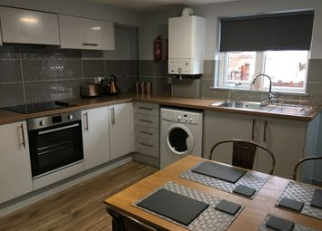 Room to rent in Armstrong Terrace, Pontefract WF8