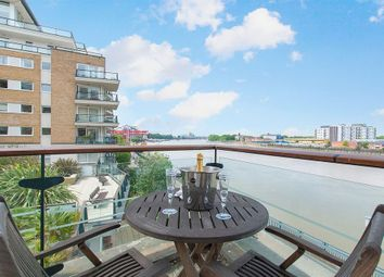 Thumbnail 2 bed property to rent in Smugglers Way, London