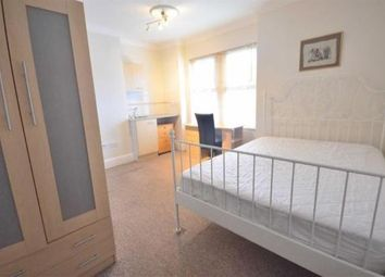 Thumbnail Room to rent in Ensuite Room, Knowles Road, Gloucester