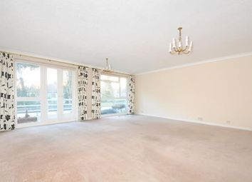 Thumbnail 2 bed flat to rent in Stonegrove, Edgware