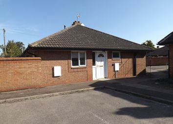Thumbnail 2 bed bungalow to rent in Kelvin Avenue, Bedford