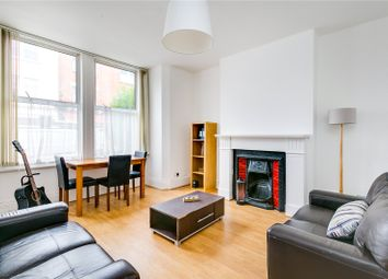 2 bed flat to rent in Munster Road, Parsons Green, London SW6