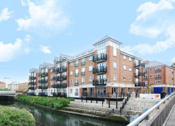 Thumbnail 2 bedroom flat to rent in Brentford Lock, Brentford