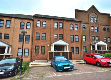 Thumbnail 2 bed flat for sale in Southchurch Avenue, Southend-On-Sea, Essex