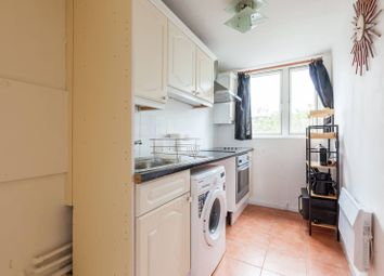 1 bed property to rent in Woolstaplers Way, Bermondsey, London SE16