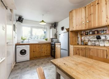 Thumbnail 4 bed shared accommodation to rent in Mabley Street, London