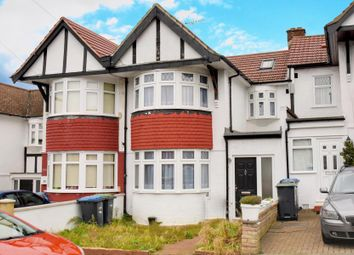 Thumbnail 4 bed property to rent in Chequers Way, Palmers Green