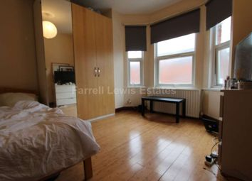 Thumbnail Room to rent in Valetta Road, London