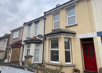 3 bed terraced house to rent in Cecil Road, Rochester, Kent ME1