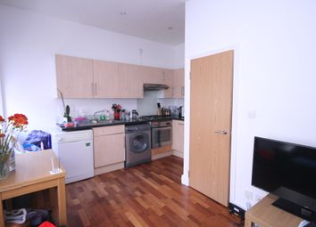 Thumbnail 2 bed flat to rent in Fairbridge Road, Archway