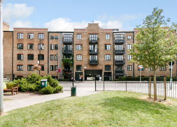 Thumbnail 2 bed flat for sale in Bridgewalk Heights, Weston Street, London