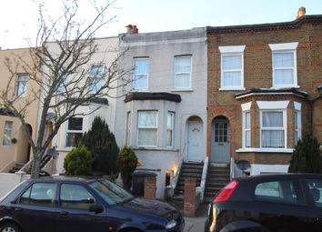 Thumbnail 1 bed flat to rent in Moffat Road, Thornton Heath