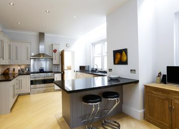 Thumbnail 5 bed detached house to rent in Richmond Road, Kingston Upon Thames, Surrey