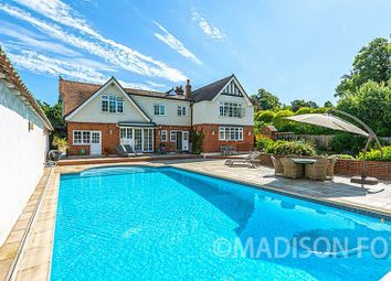 Thumbnail 6 bed detached house to rent in Manor Road, Loughton
