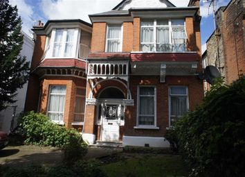 Thumbnail 1 bed flat to rent in Princes Ave, Muswell Hill, London